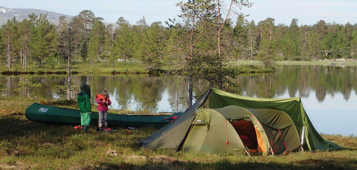 Friluftsloven gir oss retten til å sette opp telt nesten hvor som helst i utmark.