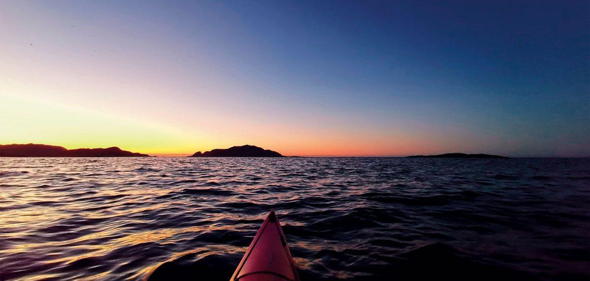 Etter solnedgang kommer blåtimen, og med den kommer ofte noen nydelige farger og nyanser til syne.