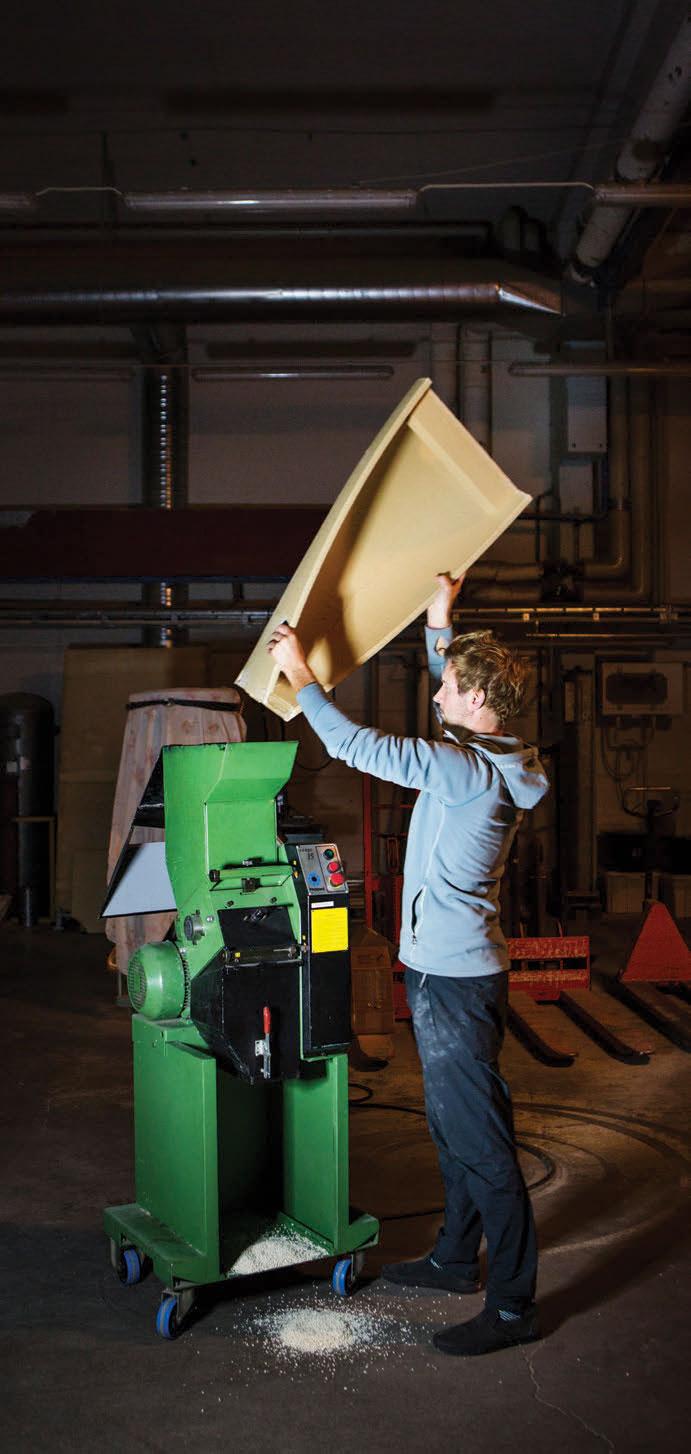 Meningen er å bygge opp et produksjonsanlegg i Sverige og etter hvert ekspandere til hvert kontinent. Alt materialet skal kunne resirkuleres, men kan også være resirkulert av andre ting.