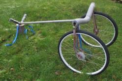 Laget smart kajakkvogn av gammel sykkel